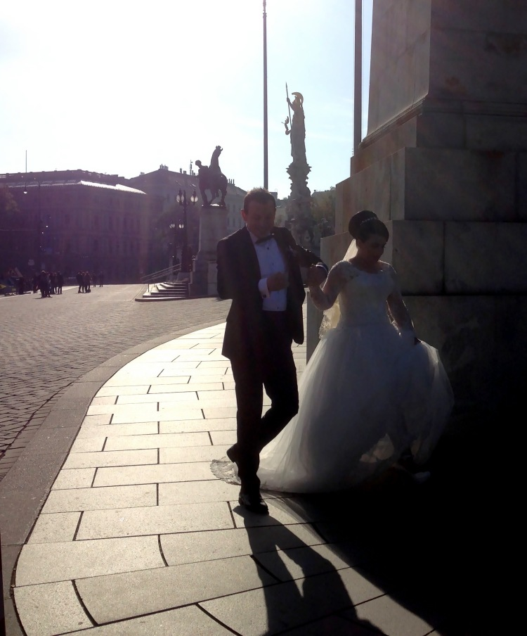 Newlywed_Parliament